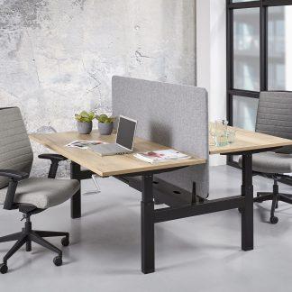 Duo bench met zwart onderstel en halifax blad voor een industriële kantoorinrichting