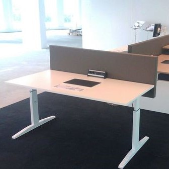 Voorbeeld Desk up wand