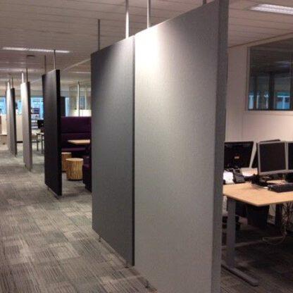 Roomdividers zijn akoestisch en ook nog een mooie toevoeging aan je kantoorruimte
