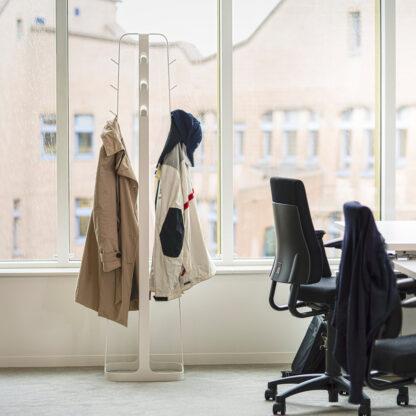 Dodici mooie staande kapstok voor kantoor