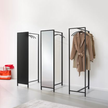 De Frame garderobe is uit te voeren in diverse opties