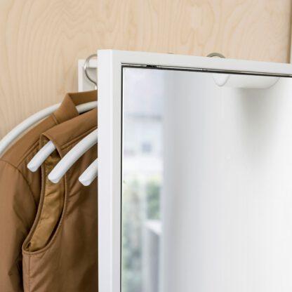 FRAME detail garderobe met spiegel